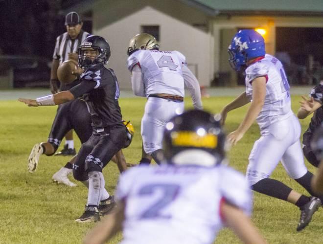 Extended road trip: Big Isle high schoolers head to Utah to play football