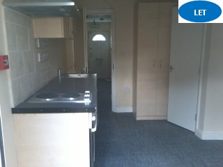 Studio flat to rent Halesowen Road, Cradley Heath