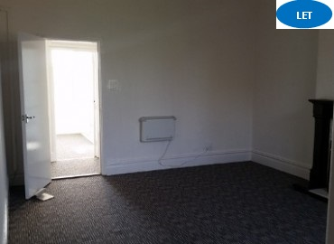 3 bedroom flat to rent Beeches Road, West Bromwich