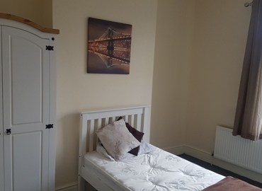 Double room to rent in West Bromwich