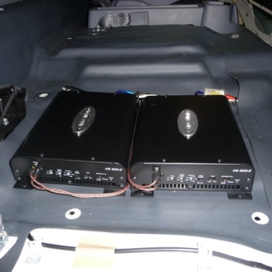 Commercial Vehicle Audio Amplifier Mounting