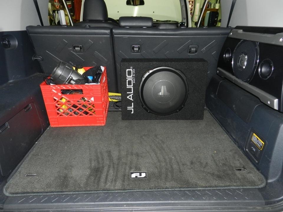 FJ Cruiser Audio Upgrade: