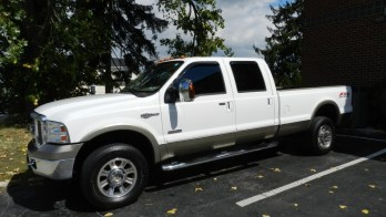 F350 Client Compliments OEM Tint With Dark Matter