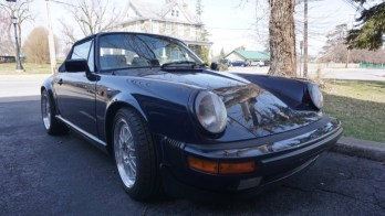 1984 Porsche 911 Gets Period-Correct Modern Technology Update