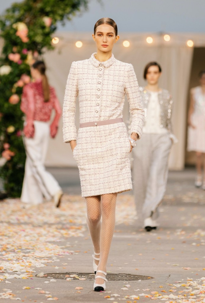 Chanel look 13 from the Haute Couture Spring-Summer 2021 collection
