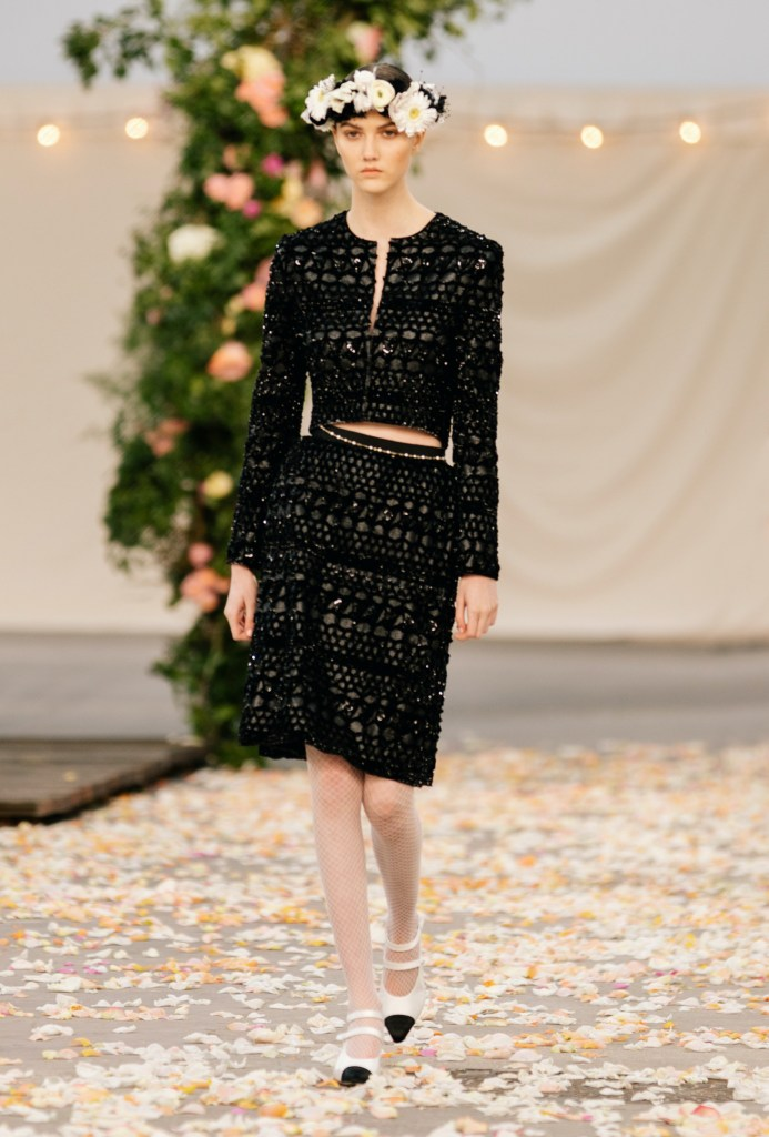 Chanel look 17 from the Haute Couture Spring-Summer 2021 collection