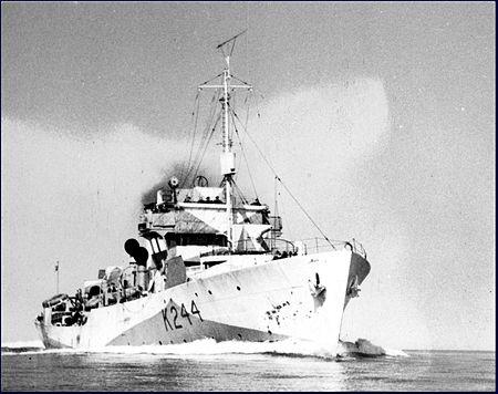 450px-HMCS_Charlottetown_(Flower_class)_MC-2183