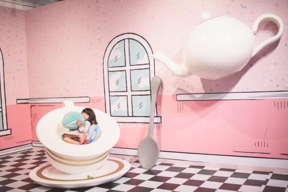 Wonderworld LA Macaron and Tea
