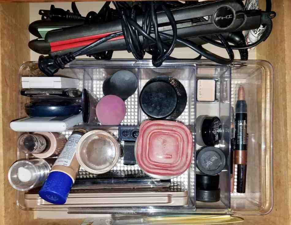 We're showing off our makeup storage in this edition of Keeping it Real. As bloggers we like to show the real us, not just the post perfect side. Readers asked to see how we organize our makeup so we're revealing our easy to imitate, storage solutions from cosmetic bags, to drawer inserts, and counter top caddies. | We Three Shanes
