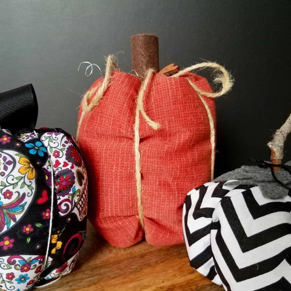 DIY Easy-Sew Fabric Pumpkin Tutorial