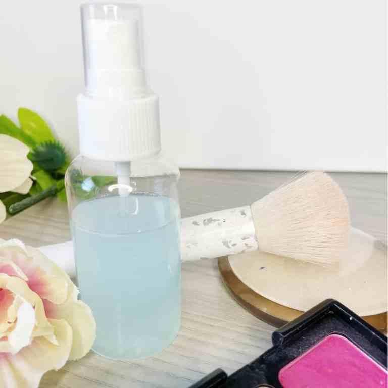 Easy DIY Makeup Setting Spray