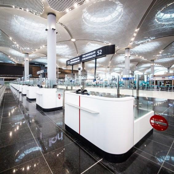 ISTANBUL AIRPORT zona controlli