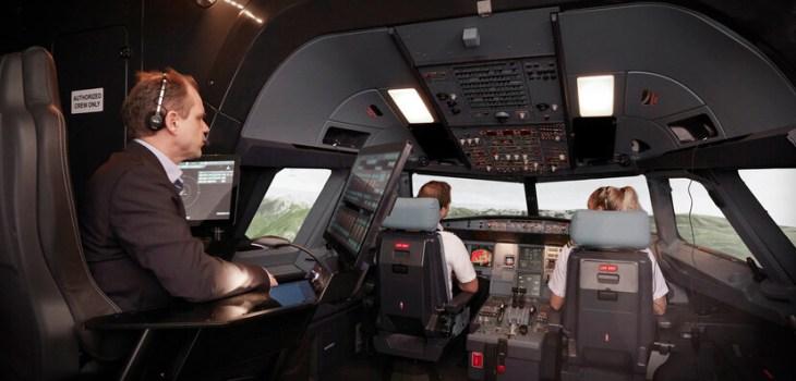 Simulatore di Volo Airbus Avion Group Londra Luton