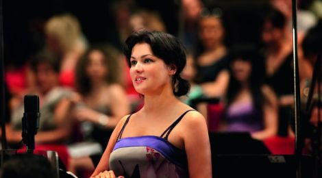"""ANNA NETREBKO // Album """"Verdi"""" erscheint am 09.08.2013 // Deutsche Grammophon/Universal"""