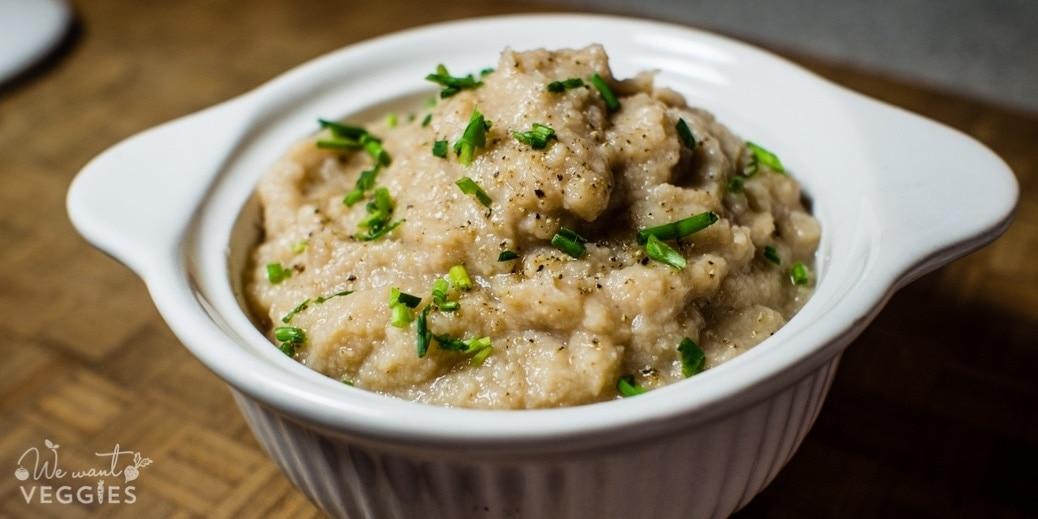 Garlicky Cauliflower Mash (Slow Cooker)