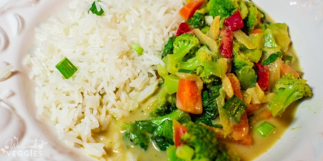 Green curry with basmati rice