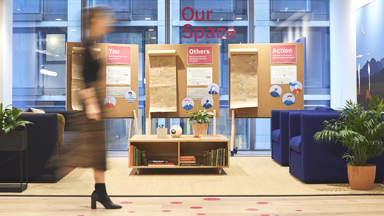 IBM 的倫敦辦事處如何透過工作場地提升效率和多樣性 - Ideas (zh-TW)