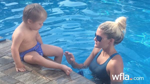 special-needs-swim-lesson-W_18608
