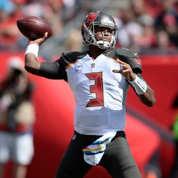 Panthers Buccaneers Football_485631