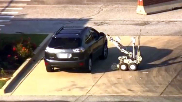 Woman 'with bomb' detained at Andrews AFB outside Washington