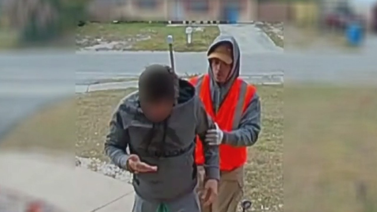 Robbery, home invasion caught on camera in Hillsborough, sheriff's