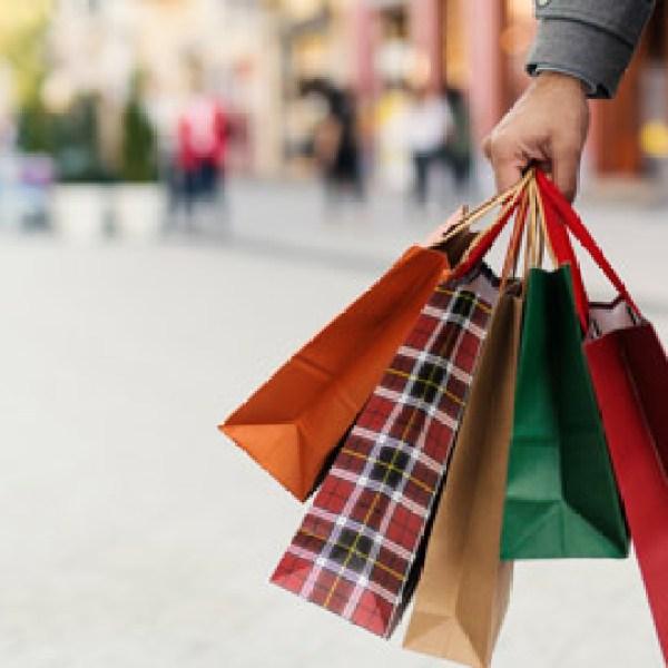christmas-shopping_1545611341009.jpg