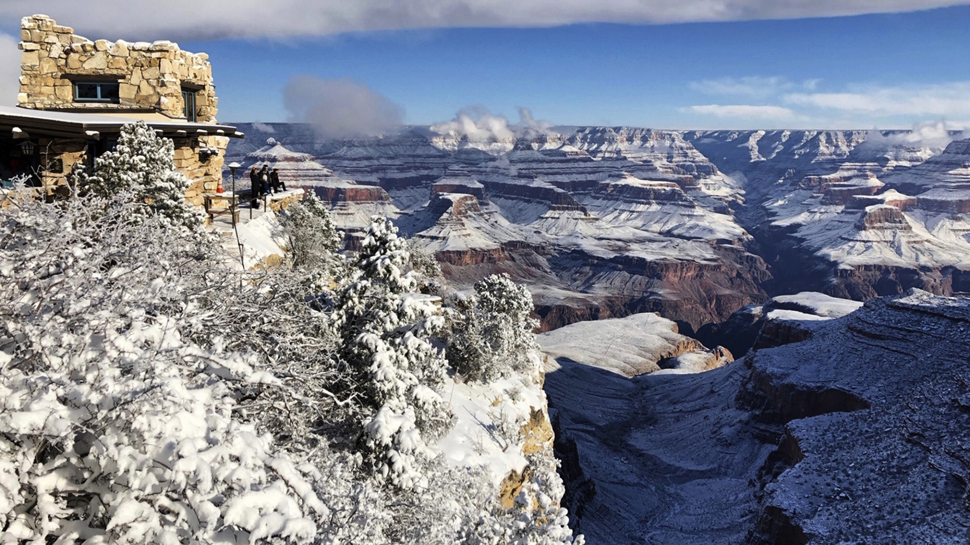 National Parks Struggle To Stay Open Safe During Shutdown