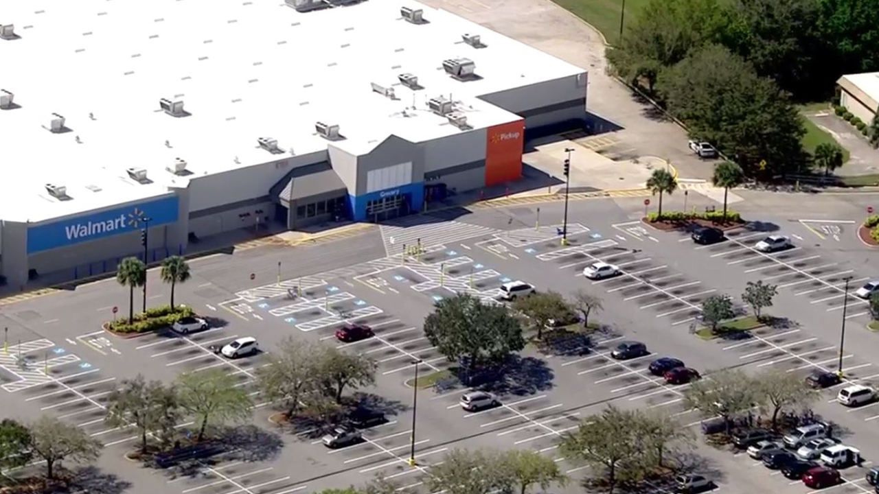 Sebring Walmart cleared, re-opened after bomb threat