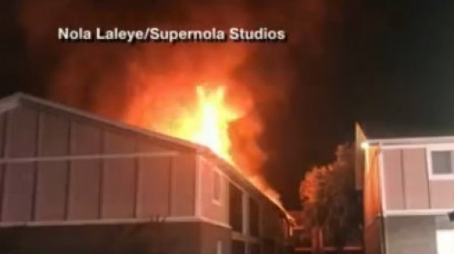 Early_morning_Apartment_fire_in_Town_N___9_20190515212156