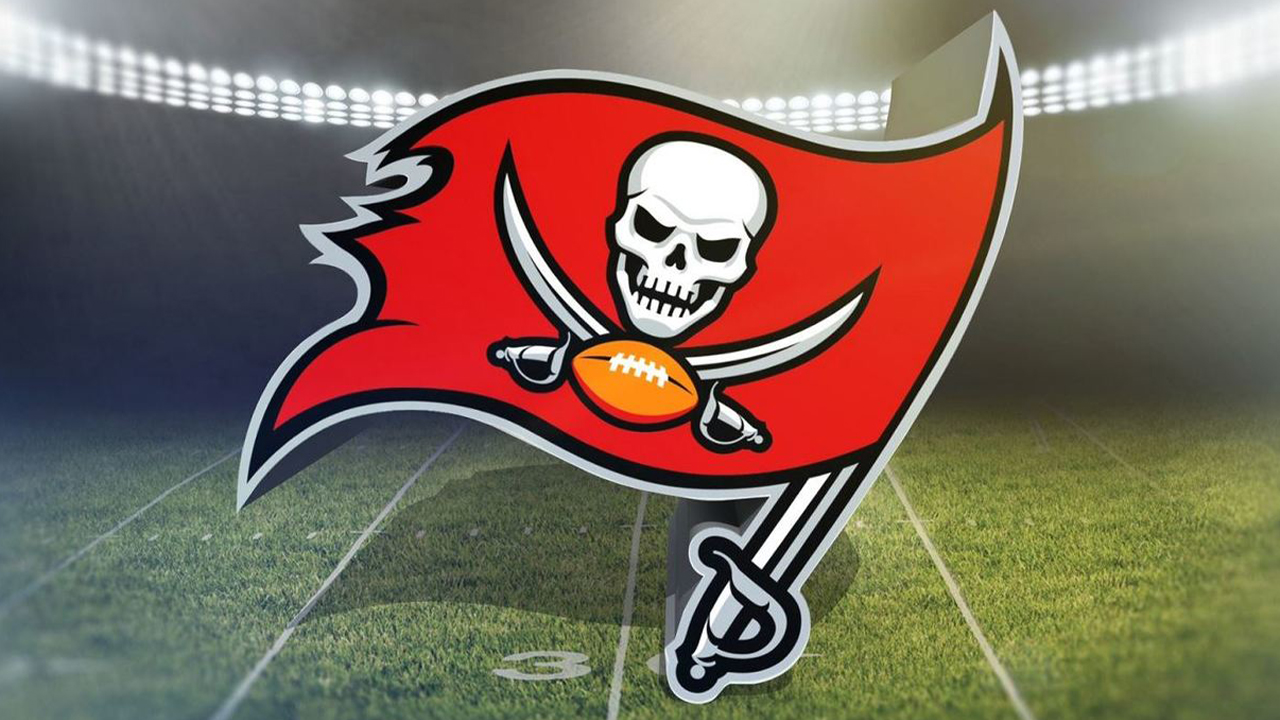 050b2051 YOUR OFFICIAL BUCS STATION: Tampa Bay Buccaneers Training Camp ...