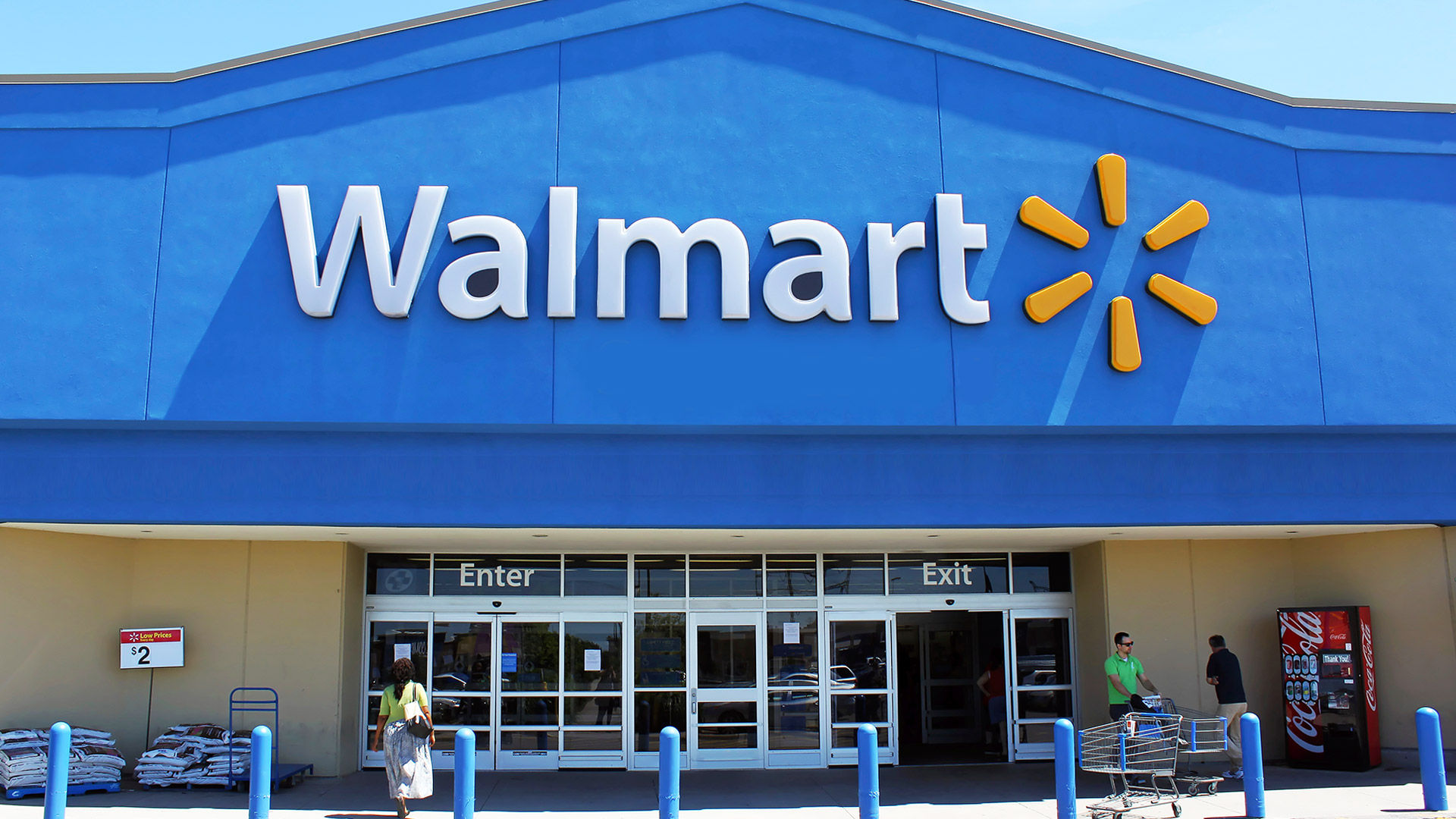 official photos 53845 87d79 Walmart car seat recycling program ending 9 days early due ...