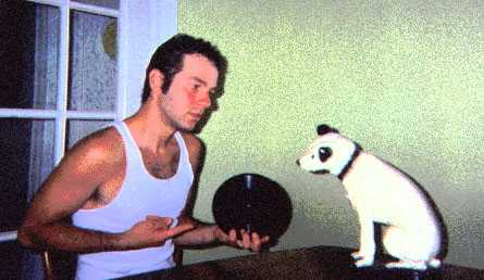 MAC and Nipper discussing the finer points of acoustic recording