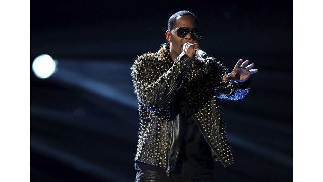 R. Kelly_1525091540785.jpeg_41224729_ver1.0_640_360_1554729269698.jpg.jpg