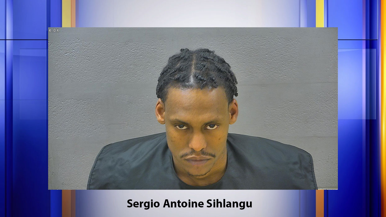 Lynchburg Police says they arrested Sergio Antoine Sihlangu on Wednesday, March 25 for failure to appear in court and several possession charges. (Photo: Courtesy Blue Ridge Regional Jail Authority, Lynchburg Adult Detention Center)