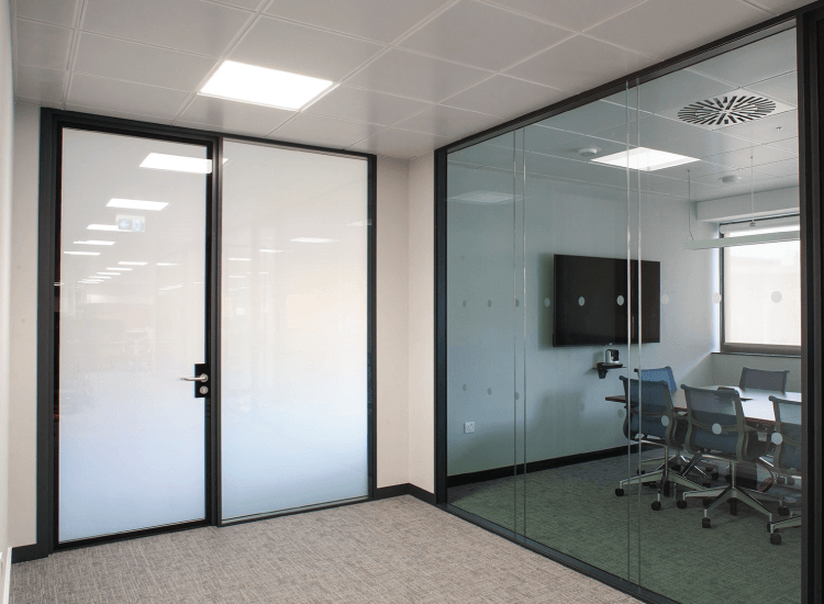 Electronic Glass Film: 9 Important Pre Privacy Glass Installation Tips