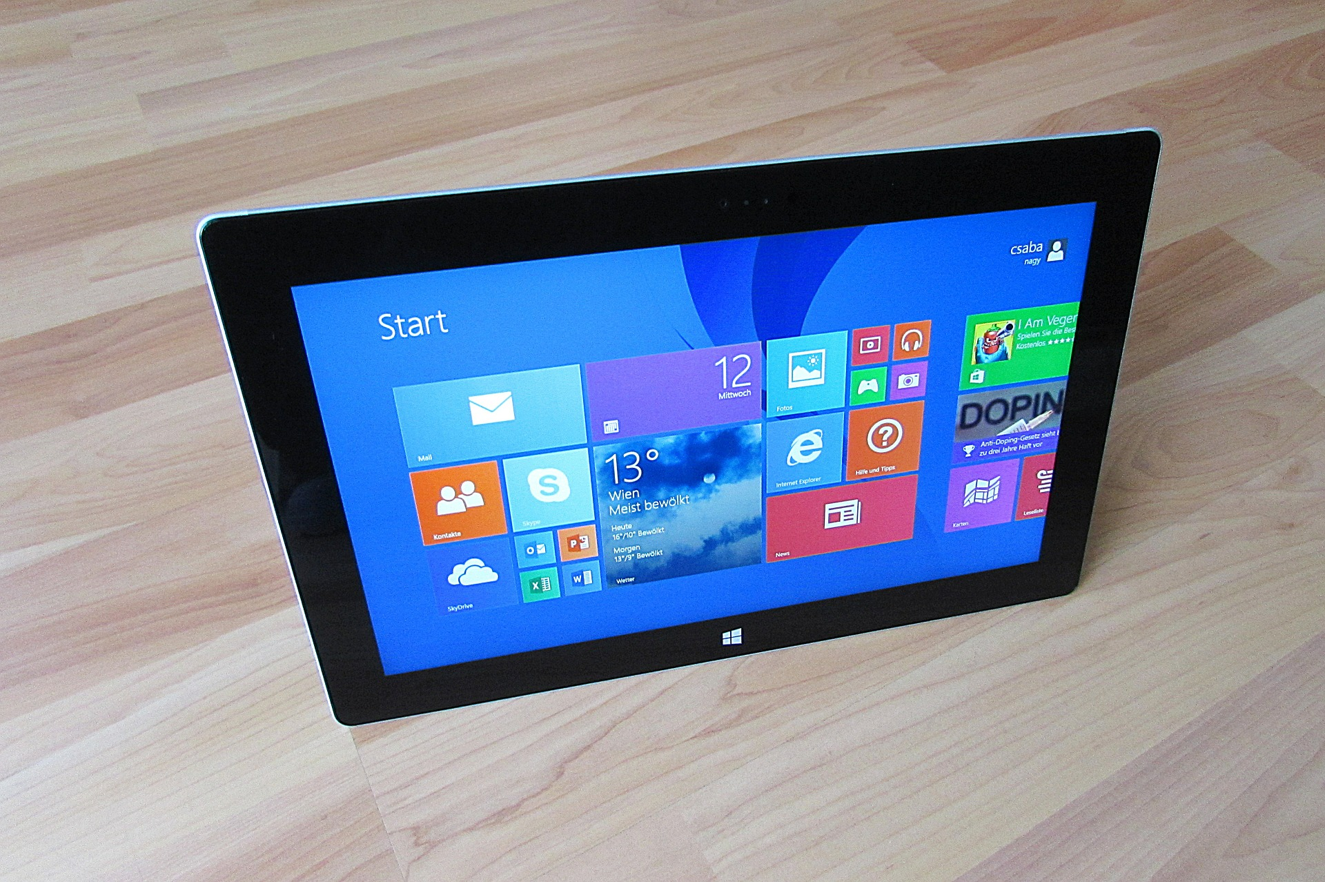 How Microsoft's dual display will narrow the gap between Tab and Laptops?