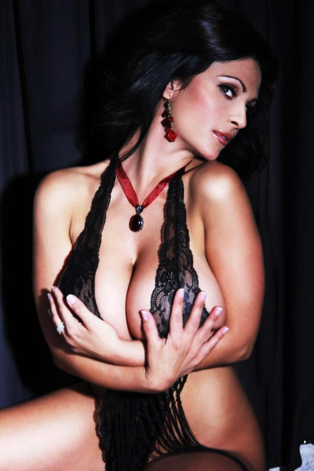 Denise Milani 11.27.2013