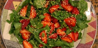 Strawberry Spinach Salad from Joe's Gardens