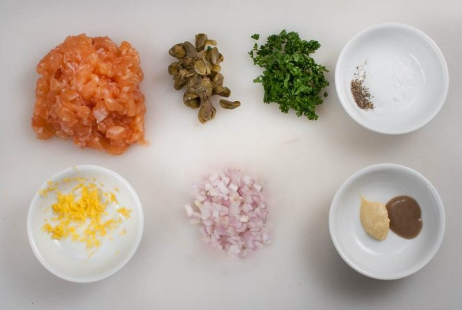 salmon tartare-0364