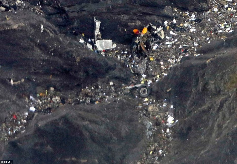 TRAGEDIA DE VUELO COMERCIAL EN LOS ALPES: NUEVA CATASTROFE SOSPECHOSA