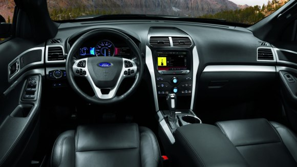 2014-ford-explorer-interior