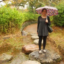 kyoto-day-2-a-rainy-walk-in-the-hills_4095960863_o