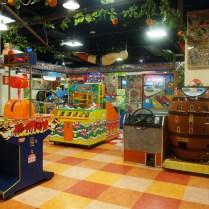 tokyo-day-7-vintage-arcade_4090975090_o