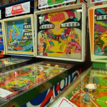 tokyo-day-7-vintage-pinball_4090208709_o