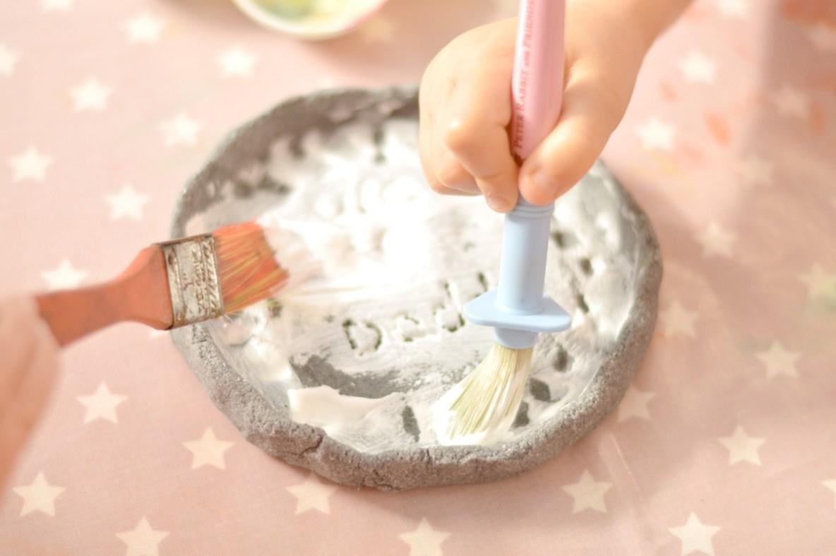 Painting the dish white
