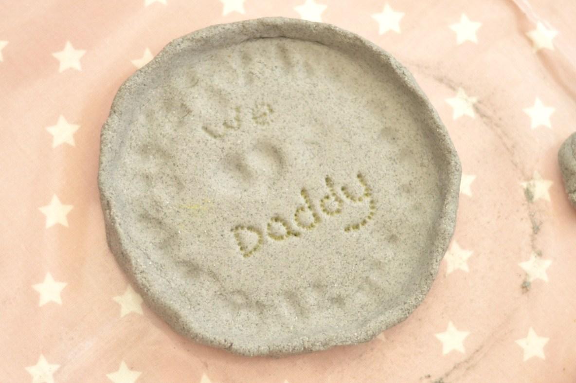 We Heart Daddy Dish