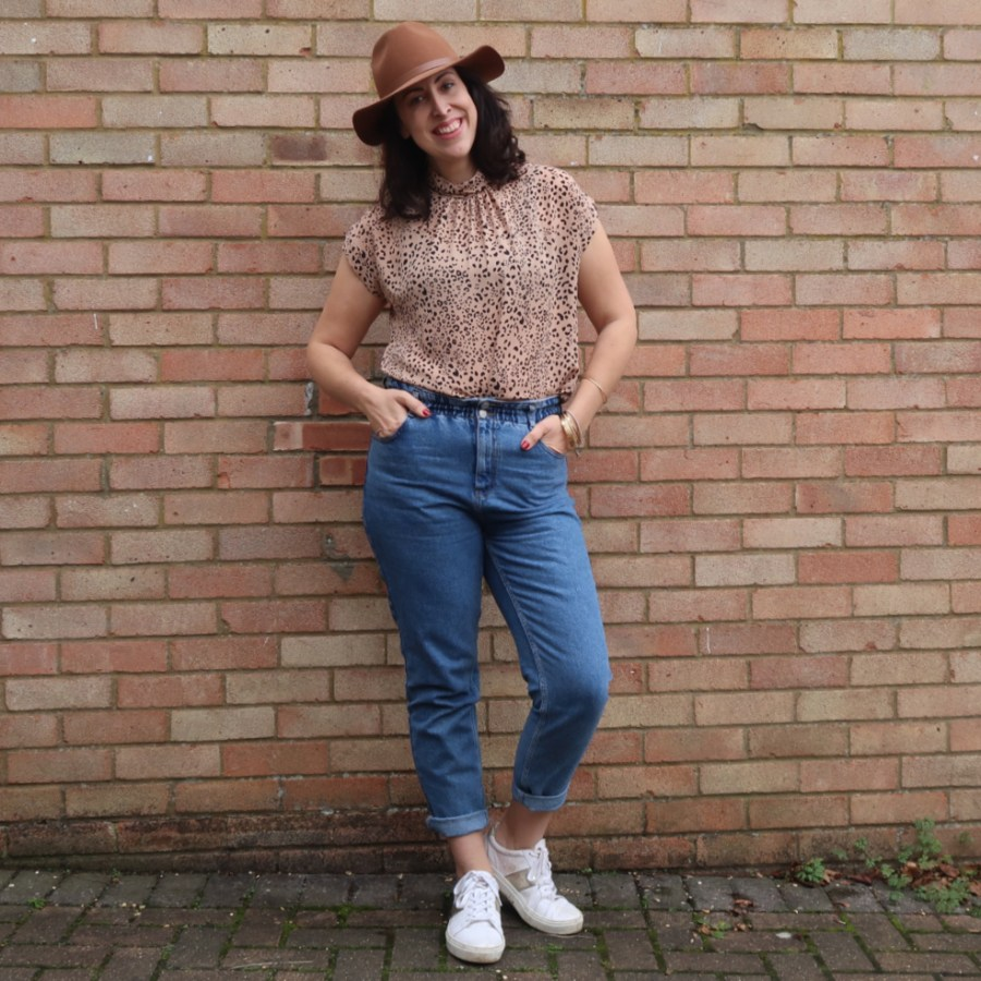 mom jeans school run style