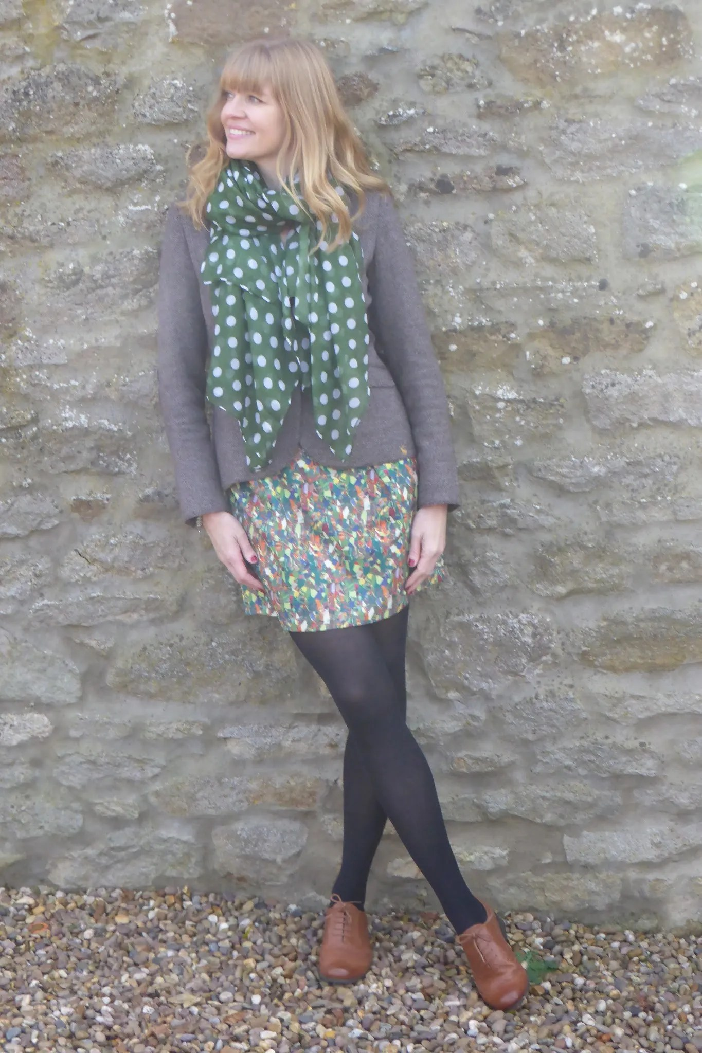 what-lizzy-loves-how-to-style-brogues-dress-opaque-tights