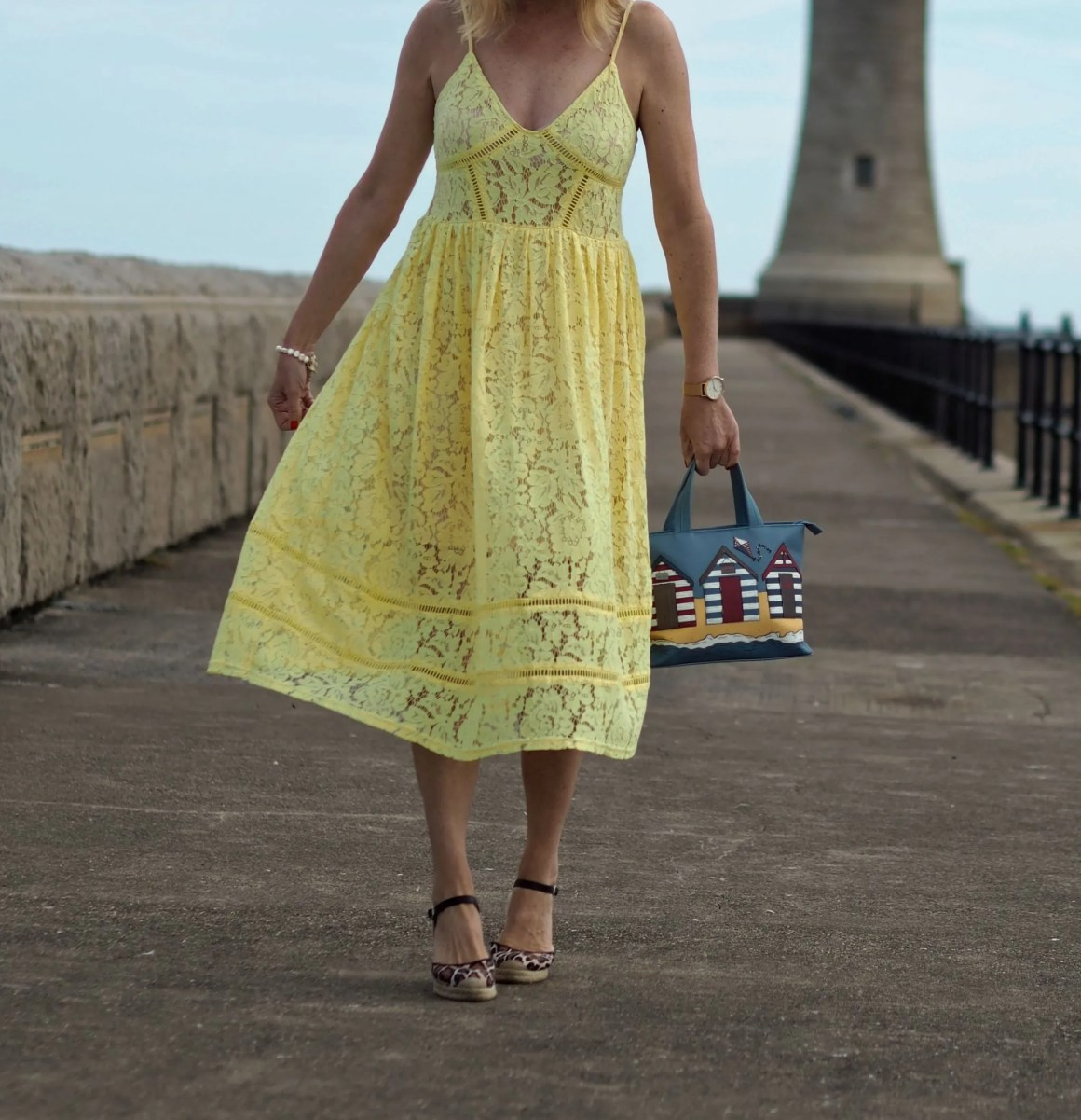 what-lizzy-loves-yellow-lace-midi-dress-yellowlacedress-leopard-espadrilles-beach-hut-bag-tynemouth-north-pier