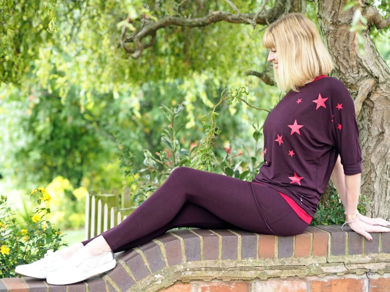 What-Lizzy-loves-bamboo-yoga-clothes-leggings-star-top